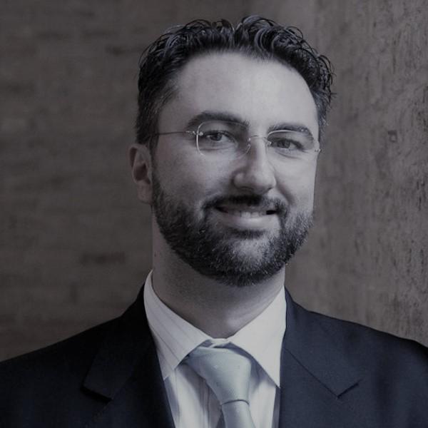 https://www.sfide-lascuoladitutti.it/wp-content/uploads/2017/11/Giovanni-Lucarelli.jpg