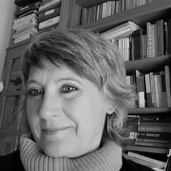 https://www.sfide-lascuoladitutti.it/wp-content/uploads/2017/11/linda_francioli.jpg