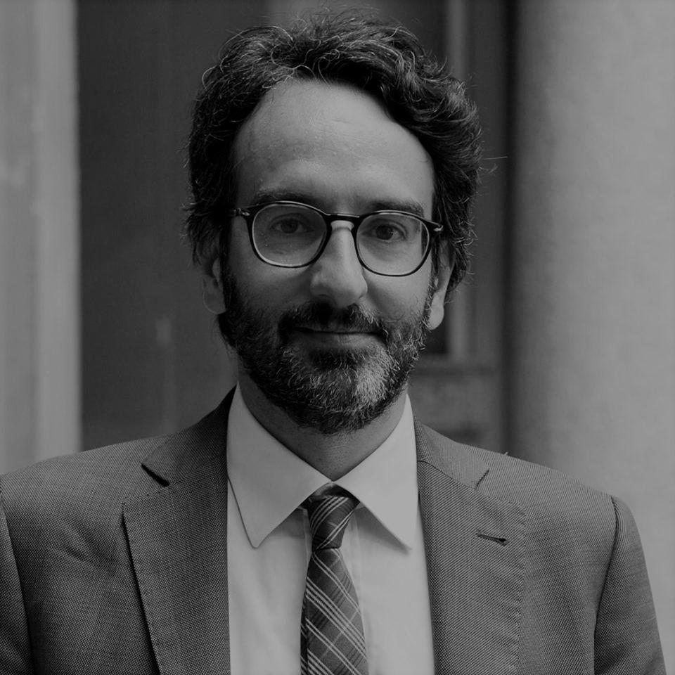 https://www.sfide-lascuoladitutti.it/wp-content/uploads/2018/01/Lamberto-Bertolé.jpg